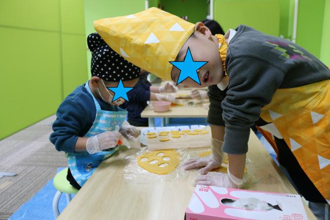 児発クッキー作り